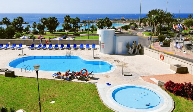amadores beach hotels