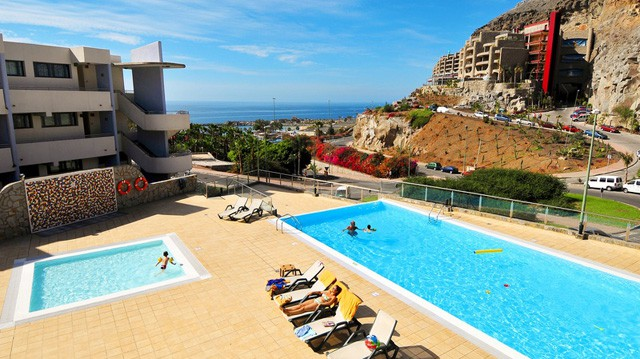 Self catering apartments in Puerto Rico Gran Canaria